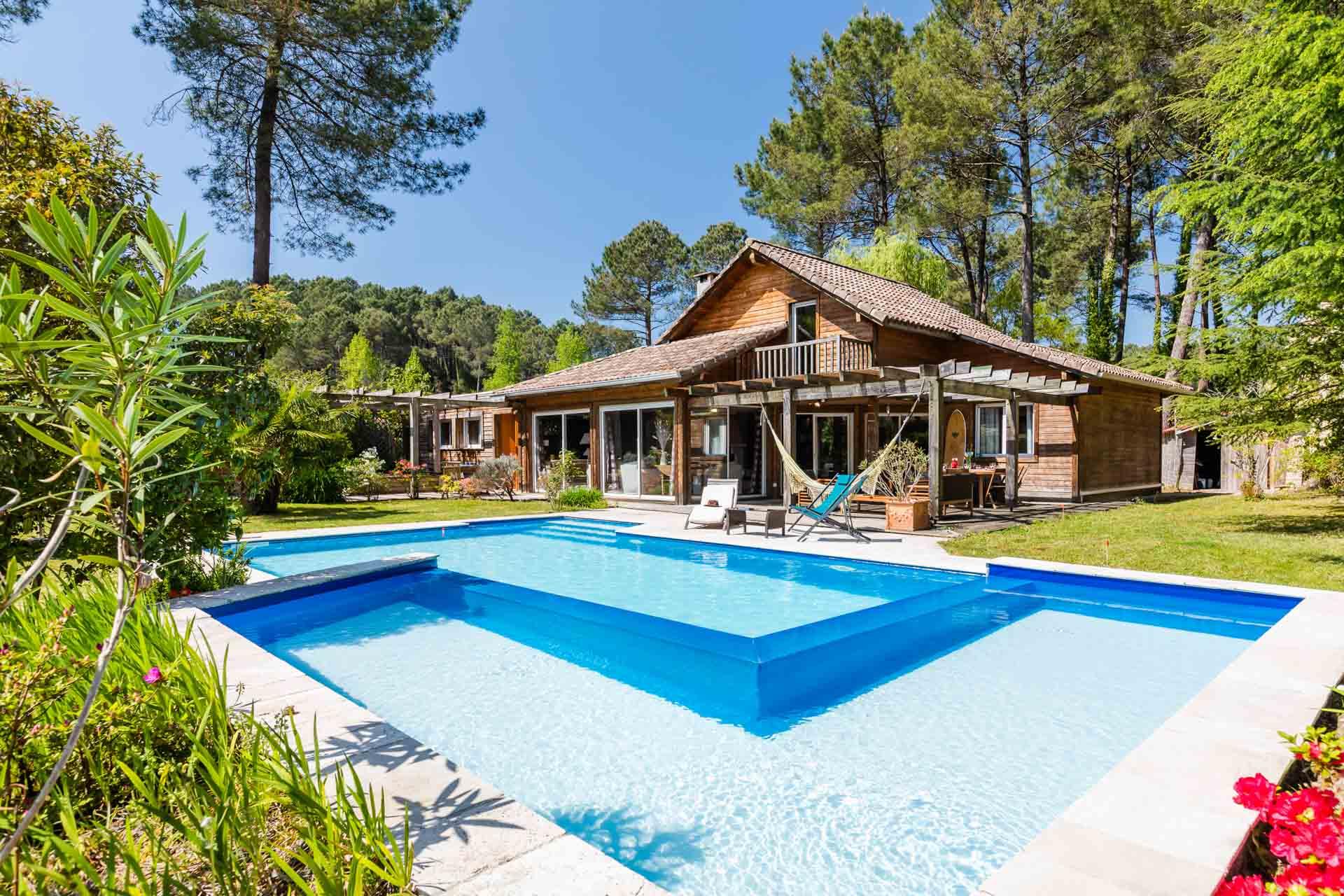 Villa en bois avec piscine chauff e 5km des plages - Location maison sud ouest piscine ...