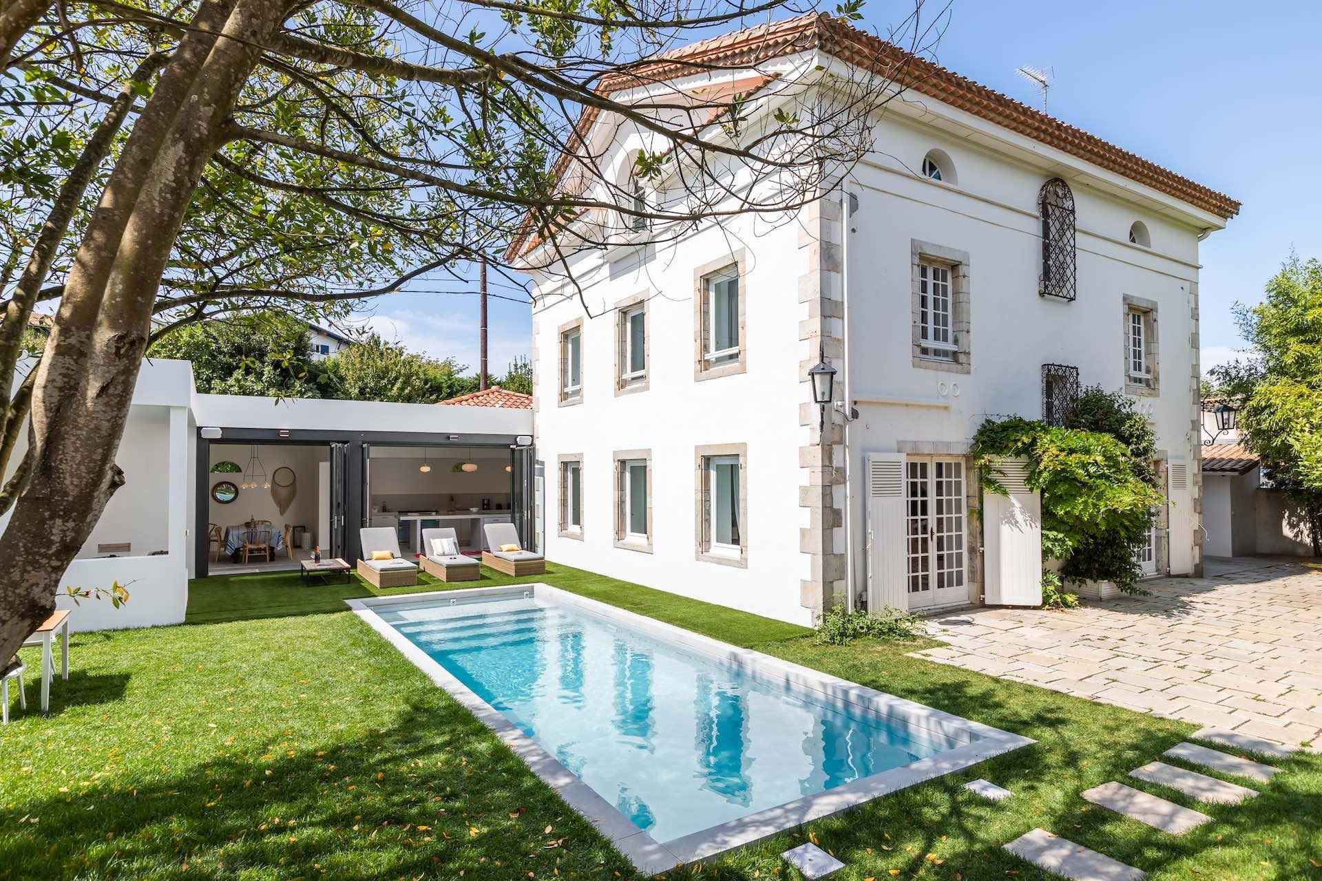 Ilbarritz maison de ma tre avec plages pied maison - Location maison sud ouest piscine ...